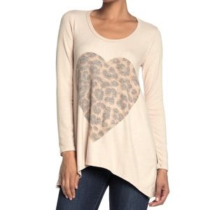 Go Couture SOFT Camel Cheetah Heart Tunic Top M